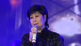 Nghệ sĩ Kim Phương rơi nước mắt kể chuyện mất chồng con vào ngày Tết