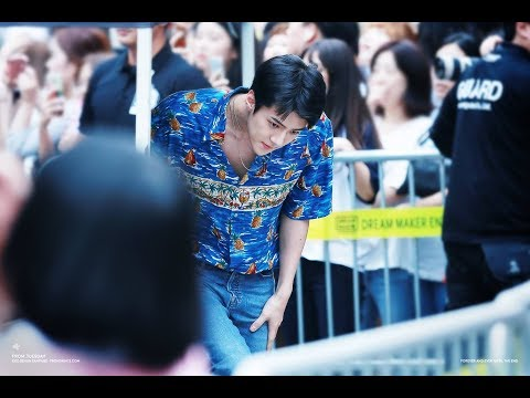 [막내 세훈] Sehun moment - EXO Kokobop 'The War' FANSIGN