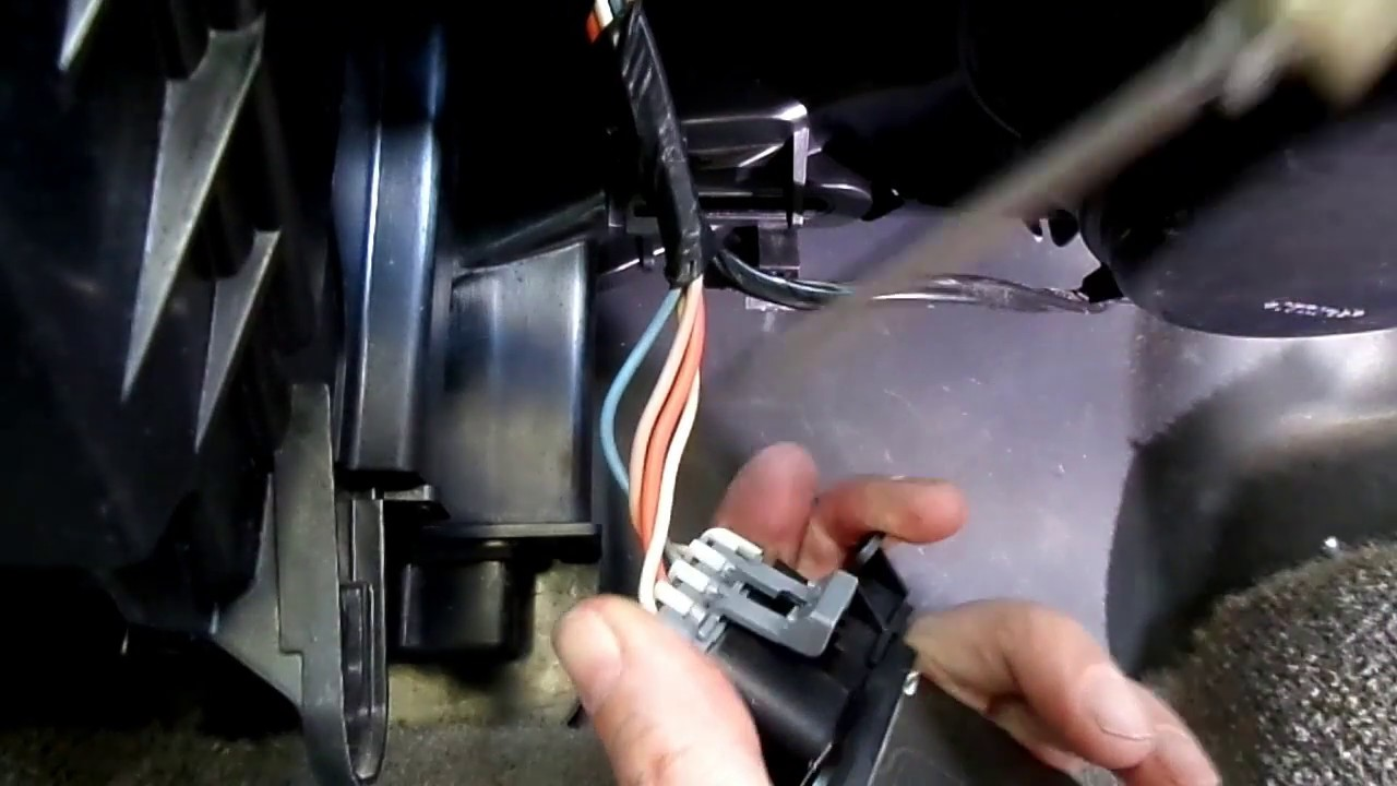 Chevrolet Cobalt Blower Motor Resistor Replacement Youtube