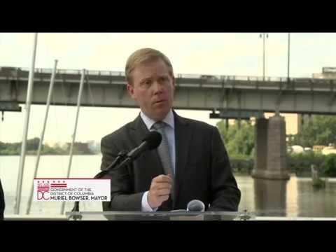 Mayor Bowser Unveils Design/Timeline for New Frederick Douglass Memorial Bridge, 8/10/17