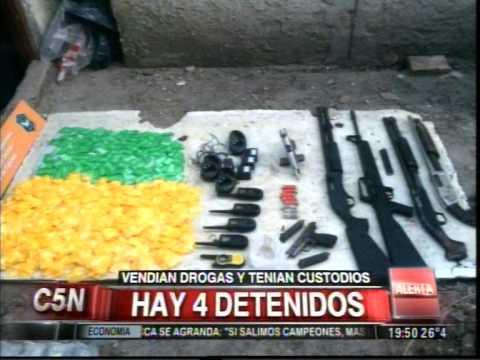 C5N - POLICIALES: VENDIAN DROGAS Y TENIAN CUSTODIOS