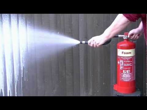 Discharge time of a 6 litre foam extinguisher (in HD)