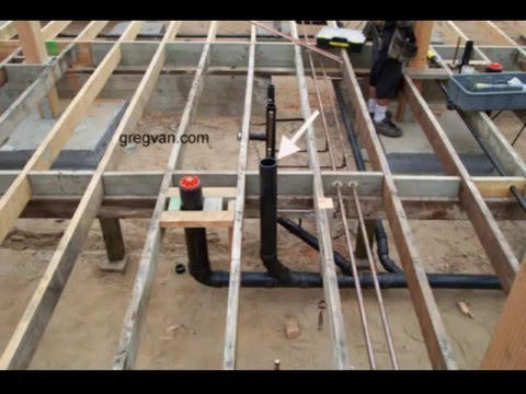 Raised floor and toilet pipes how does a plumbing clean for Raised floor house