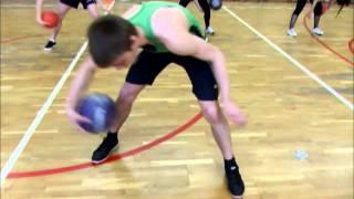 Видео-урок по баскетболу(Развитие координационных способностей у обучающихся., 2013-11-18T08:33:26.000Z)