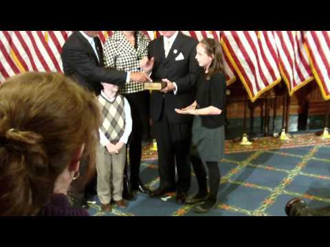 Aderholt Swear-In Picture for 112th Congress