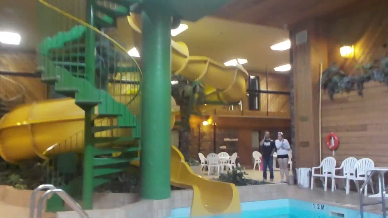 Canad Inns Pool Water Slide Portage La Prairie Mb Youtube