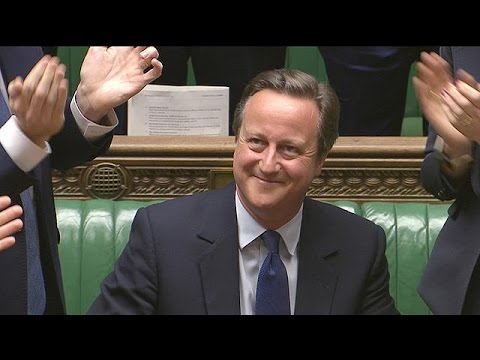 Cameron bows out with jokes and appeal for UK to 'stay close to EU'