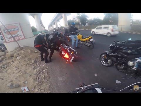 OMG 400 KG INTRUDER Bike Falls on Road
