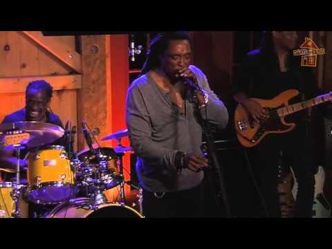 "Bernard Fowler - ""Shake It"" - 9.30.15 at Daryl's House Club"