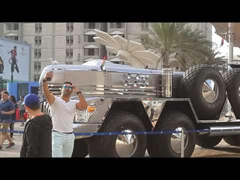 Top selfie points at Dubai Motor Show| Drivemeonline