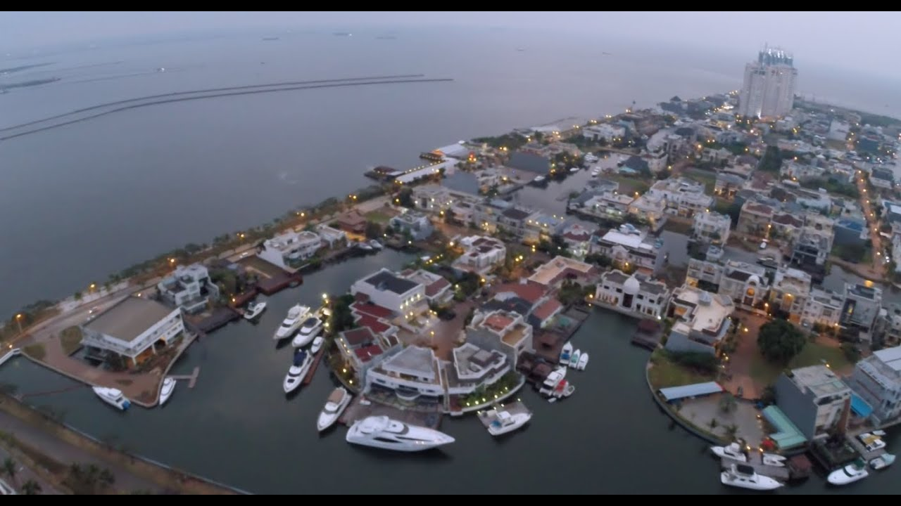 Pantai Mutiara Aerial - YouTube