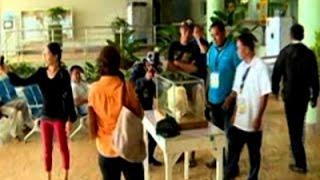 Raw: Filipino Fisherman Discloses Gigantic Pearl
