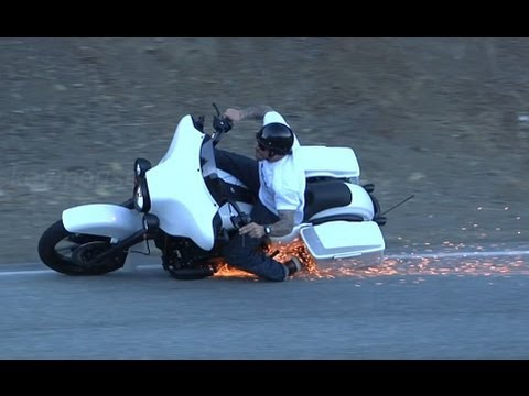 Harley Davidson Lowside Motorcycle Crash