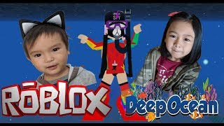 Playing with bunso(little brother) - Roblox Deep Ocean Simulator
