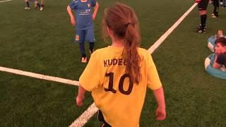 CZ3-Fc Yellow Junior z Kudełkiem w Legnicy pod balonem -Juventus Legnica - III meczyk -Decathlon Cup