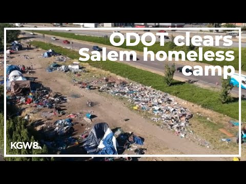 Raw video: ODOT clears Salem homeless camp along I-5