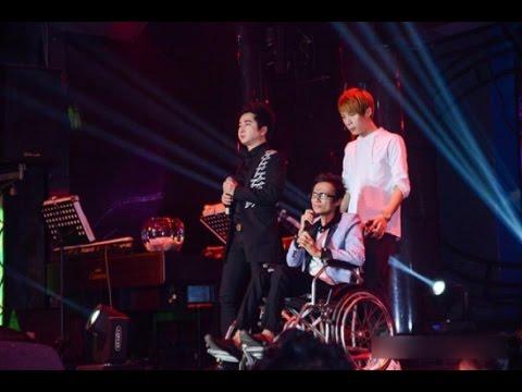Thái Lan Viên  Ngồi Xe Lăn Tái Xuất Sân Khấu MTV