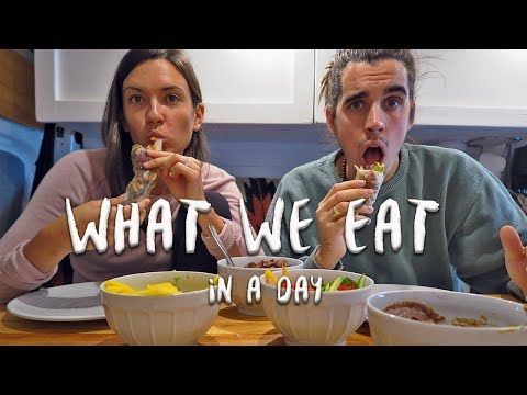 What We Eat in a Day | Vegan Van Life | Eamon & Bec