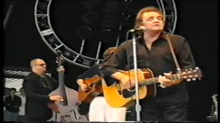 Johnny Cash (Glastonbury 1994) [05]. Guess Things Happen That Way
