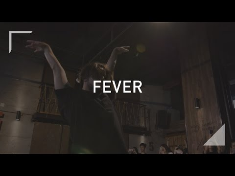"""Yanis song""""Beyoncé - Fever""""at sinostage"""