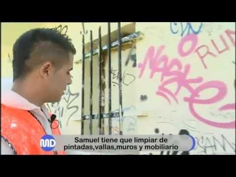 Grafiteros condenados a limpiar paredes en Torrelodones