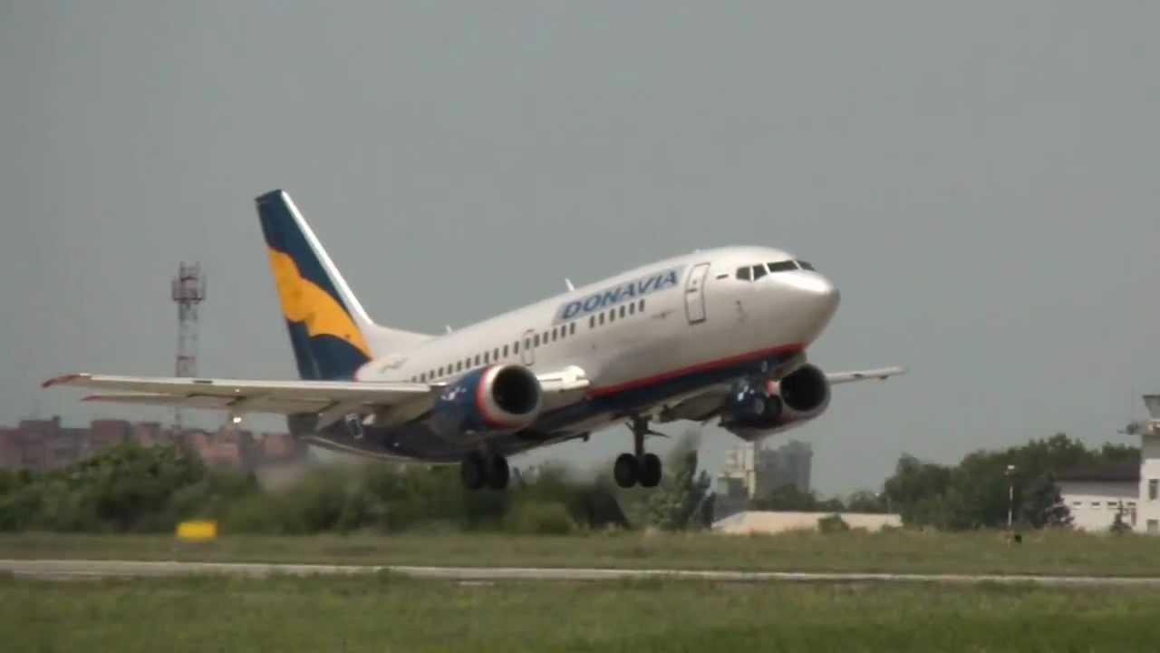 Boeing 737-500 «Донавиа» - YouTube