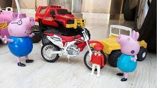 Papai Pig da Família Peppa Pig e Pig George buscam a moto - Novelinha em Português