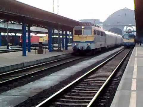 Special train in Hungary - Danube Express to Venice with V42 527 engine (and my 400th video :-) )