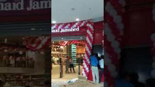 Video Junaid Jamshed - Opening at luckyone download MP3, 3GP, MP4, WEBM, AVI, FLV Agustus 2018