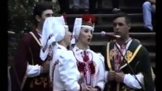 ОЙ ЧИЙ ТО КІНЬ СТОЇТЬ Волинський народний хор Українська народна пісня Ukrainian folk song