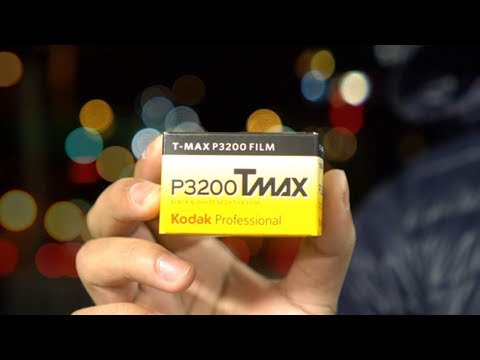 Kodak TMAX P3200 + Leica M6 | Night Photography & Portrait Shoot