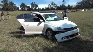 Carro  Jeta branco que fugiu de blitz em Ipuiuna é encontrado com 200 kg de maconha.