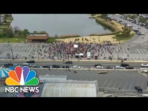 Protesters Demand NJ Governor Reopen Non-Essential Businesses | NBC News NOW