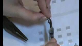 Como montar um colar de alfinetes
