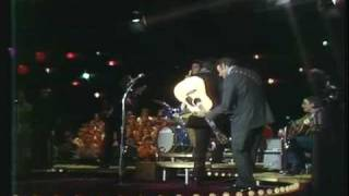 Johnny Cash Show: Johnny Cash - A Boy Named Sue (HQ)