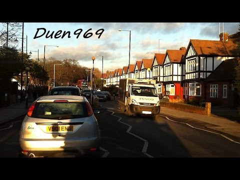 London Streets (486.) - Highgate - Muswell Hill - A406 - Upper Edmonton
