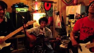 (イントロのみWe Are The World) 作詞/作曲:テキヤ Vocal,Guitar,Harp:...