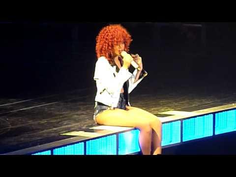 Rihanna (#Winnipeg MTS Center) - Take a Bow