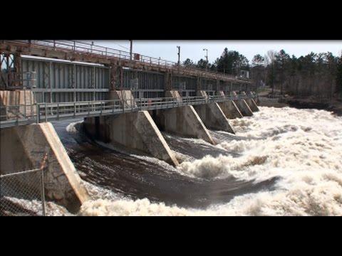 Barrage du Saint-Maurice Shawinigan 4 Mai 2017 (HD)