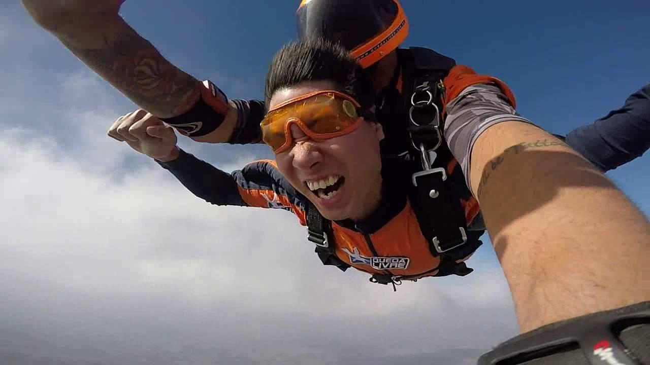 Salto de Paraqueda do Zheng Xião na Queda Livre Paraquedismo 31 07 2016