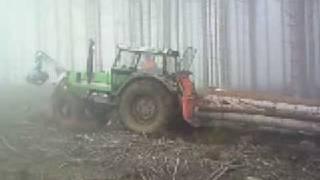 DX 6.10 Forstschlepper  Forstarbeit