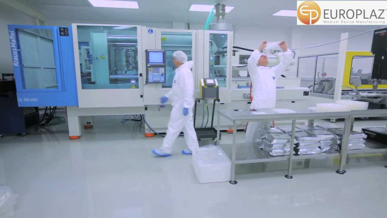 Injection Moulding 300 Tonne In A Cleanroom Youtube