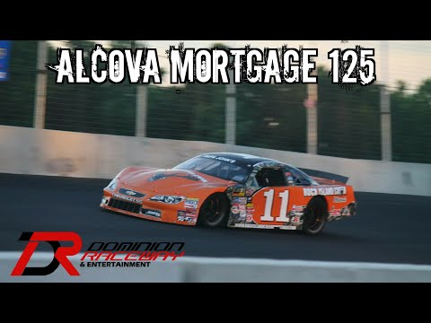 Start of the Alcova Mortgage 125 at Dominion Raceway