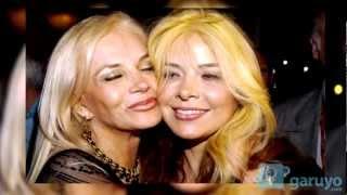 Repeat youtube video La Madres de los famosos y las famosas en este día de las Madres