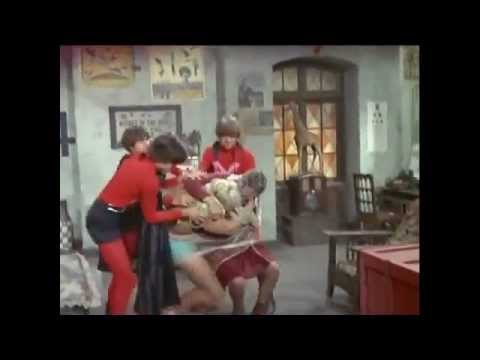 The Monkees (i'd Go The) Whole Wide World - YouTube