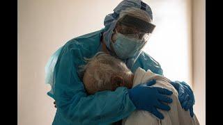 256 jours à affronter la COVID-19 : témoignage d'un médecin américain