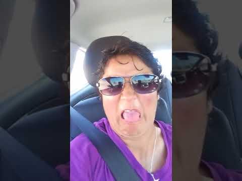 karaoke en el taxi 3 (anabela y evelyn)