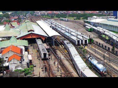 Lagu Surabaya oh Surabaya sebagai bel kedatangan Kereta Api di Stasiun Surabaya Pasar Turi