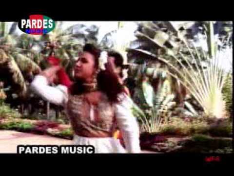 Aankhen - 01 - O Lal Dupatte Wali (Alka Yagnik, Kavita Krishnamurti, Kumar Sanu, SUDESH BHONSLE