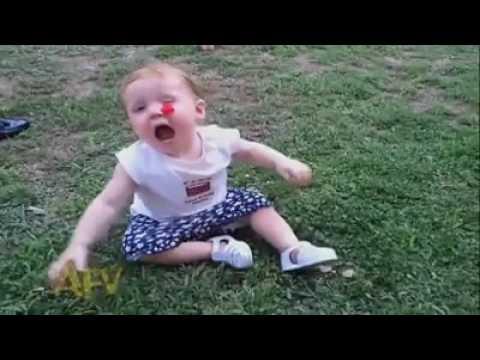 Video divertenti di bambini piccoli youtube - Foto di bambini piccoli ...
